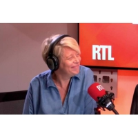Logo of the podcast André Dussollier dans A La Bonne Heure !