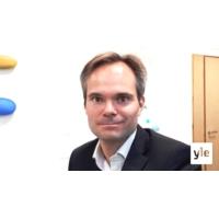 Logo of the podcast Miten pakolaispolitiikka kehittyy EU:ssa, sisäministeri Kai Mykkänen?