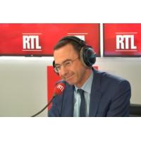 """Logo du podcast Bruno Retailleau sur RTL : """"Ceux qui paient des impôts ne sont pas aidés"""""""
