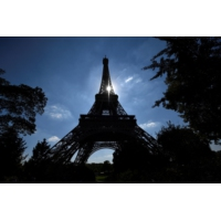 Logo du podcast Économie : Paris ville la plus chère du monde, faut-il s'en réjouir ou s'en plaindre ?
