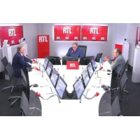 """Logo du podcast Privatisation d'ADP : Alain Duhamel dénonce une """"hypocrisie incroyable"""""""