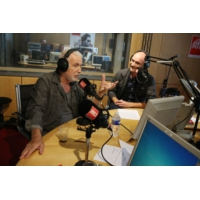 """Logo du podcast Bernard Lavillers invité de """"Clap Hands"""" du 23 septembre présenté par Gaëtan Roussel"""