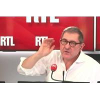 """Logo of the podcast Grenoble : """"nous sommes dans le temps du deuil"""", dit le maire"""