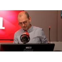 Logo of the podcast Procès Tapie : Stéphane Richard, PDG d'Orange, sur la sellette ?