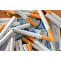 Logo du podcast Tabac : Axa se désengage de l'industrie