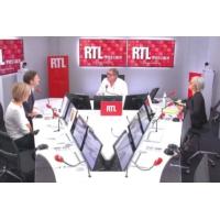 """Logo du podcast Égalité salariale : Muriel Pénicaud """"a visiblement du mal à tenir sa promesse"""", selon Bost"""