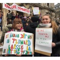 Logo of the podcast Pourquoi avoir participé à la manifestation contre les violences faites aux femmes?