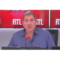 """Logo du podcast """"Les armes illégales viennent du cadre légal"""" dit Jean-Charles Antoine sur RTL"""