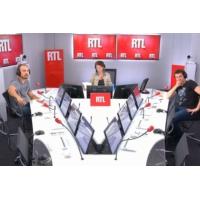 Logo of the podcast Les infos de 12h30 - Mort du maire de Signes : le message d'Emmanuel Macron aux obsèques