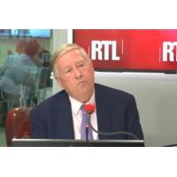"""Logo du podcast Brexit : """"La situation est grave, mais pas encore désespérée"""", juge Alain Duhamel"""