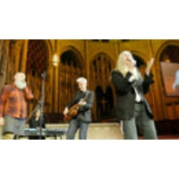 Logo du podcast VIDEO: Patti Smith & Michael Stipe Perform at Democracy Now!'s 20th Anniversary