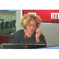 """Logo of the podcast Couper les allocations des parents d'élèves violents : """"Je dis oui"""", lance Alba Ventura"""
