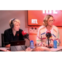 Logo of the podcast Elodie Frenk, Samuel Labarthe et Blandine Bellavoir dans A La Bonne Heure !