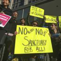 Logo du podcast Trump Administration Escalates Crackdown on Sanctuary Cities 2020-02-17