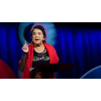Logo du podcast How to overcome apathy and find your power | Dolores Huerta