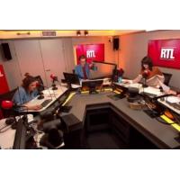 """Logo of the podcast """"Grand débat"""" : pour reprendre la main, Macron envisage une forme """"écrite"""""""