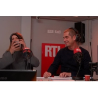 """Logo of the podcast Européennes : Francis Lalanne présente sa liste """"Gilets Jaunes"""""""