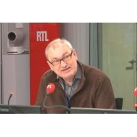 Logo du podcast E-administration : un Français sur trois ne pourra pas gérer la dématérialisation, dit Éric Vagnier
