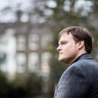 """Logo du podcast Garth Greenwell Reads """"The Frog King"""""""