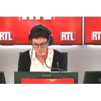 """Logo of the podcast Les actualités de 12h30 - """"Gilets jaunes"""" : François Hollande fait la leçon à Emmanuel Macron"""