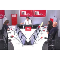 """Logo du podcast Stationnement gratuit pour les deux-roues à Paris : """"Il faut revoir ce sujet"""", selon Hidalgo sur RTL"""