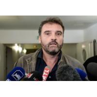 """Logo du podcast Les actualités de 18h - L'anesthésiste de Besançon se défend : """"il n'y a aucune preuve"""", dit-il"""