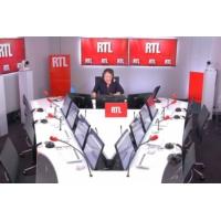 """Logo du podcast Animaux abandonnés : """"8.053 cas depuis le début de l'été"""" dit le président de la SPA sur RTL"""