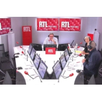 Logo of the podcast Affaire Tapie : l'incroyable traque des 403 millions d'euros de l'arbitrage Adidas