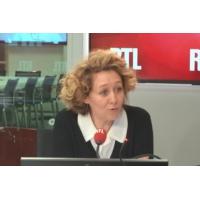 """Logo of the podcast Impôt universel : """"Mais à quoi jouent Macron et Philippe ?"""", s'interroge Alba Ventura"""