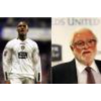 Logo du podcast Leeds United news: Clarke Carlisle discusses his 2005 exit and reveals how he got revenge on Ken Ba…