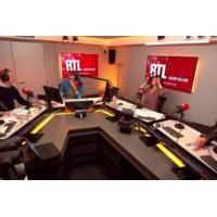 Logo du podcast Christophe Castaner : Casque Bleu de la politique