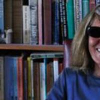 "Logo du podcast Joy Williams Reads ""Stuff"""