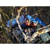Logo of the podcast EXCLUSIF - À Bure, dans un arbre du bois Lejuc, que les militants ont ré-occupé: récit en images