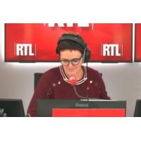"""Logo of the podcast Les """"foulards rouges"""" veulent dire leur """"ras-le-bol"""" lors d'une marche """"pacifique"""""""