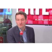 """Logo du podcast """"Au secours, l'Europe !"""" lance Olivier Bost après l'offensive turque en Syrie"""
