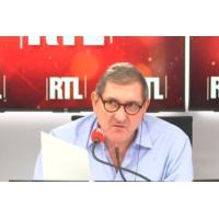 """Logo of the podcast Sida : """"On est très très loin d'une éventuelle guérison"""", dit François Dabis, le directeur de l'ANRS"""