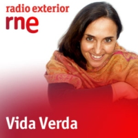 Logo of the podcast Vida verda - Fashion Revolution Day + Biolixiviació