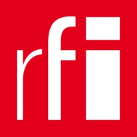 Logo of the podcast RFI - International media