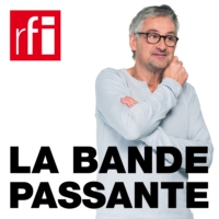 Logo of the podcast RFI - La bande passante