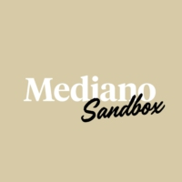 Logo of the podcast Mediano Sandbox