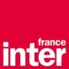 Logo of the podcast La chronique de courrier international