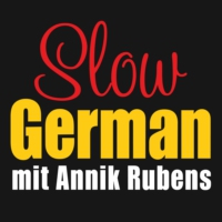 Logo du podcast Slow German zieht um / Slow German is moving