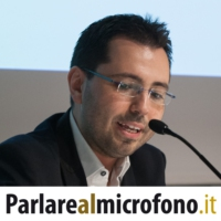 Logo of the podcast Parlare al microfono - Public Speaking Podcast