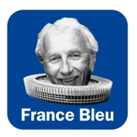 Logo of the podcast Stade Bleu - Florent Houzot