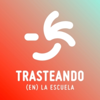Logo of the podcast Trasteando en la escuela