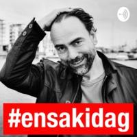 Logo of the podcast #ensakidag - en riktigt viktig sak varje morgon
