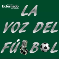 Logo of the podcast 002 - la voz del futbol