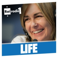 Logo of the podcast LIFE del 03/11/2017 - I PARTE: Problemi intimi in menopausa; Teoria del complotto