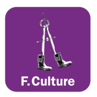Logo of the podcast Curie au féminin