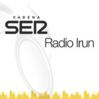 Logo of the podcast Daniel Tena y Beñat Nuñez, profesor y estudiante del Instituto Bidasoa